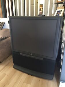 "46"" projection tv"