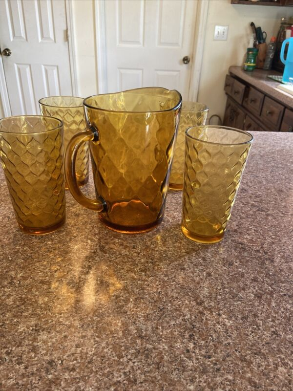 Vtg Amber 2 Liter Pitcher And 4 18 Oz's Amber Glasses With Diamonds Design