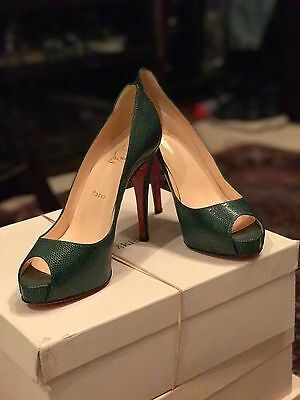 Christian Louboutin, Size 39 (US 9), Very Prive in green lizard