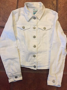 Old Navy white jean jacket (10-12)
