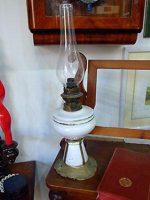 Antica Lampada Lume A Petrolio Base In Ottone Decorazione Floreale Su Ceramica Lamps