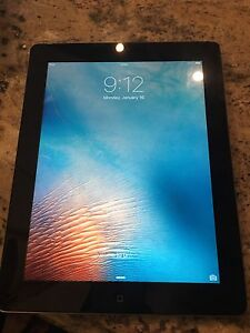 Apple iPad 2 32gb comes with charger