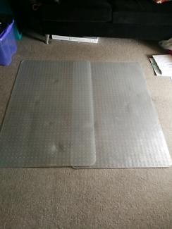 2 x plastic carpet protector