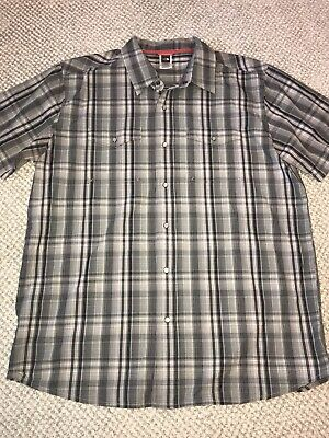 The North Face Men's short sleeve shirt Size XL, Pearl snap Black/gray plaid EUC
