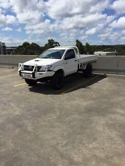 2010 TOYOTA HILUX SR SINGLE CAB UTE 4x4 DIESEL D4D MANUAL MY11 Macquarie Park Ryde Area Preview