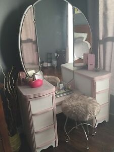 Antique Waterfall, Art Deco, Vanity with trifold Mirror & stool
