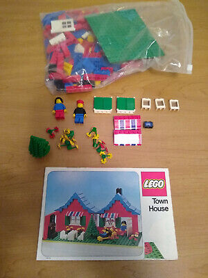 Lego 560 Town House with Garden Complete with Instructions