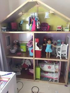 Doll House ideal for American Girl Dolls Clovelly Eastern Suburbs Preview