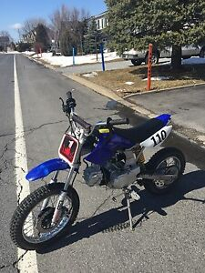 Pit Bike / mini-moto 110cc semi-automatique