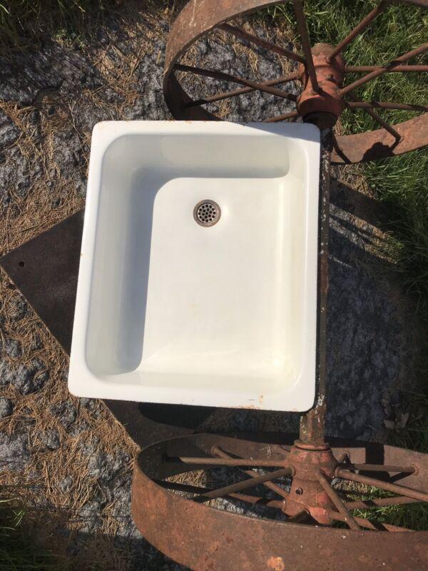 Antique Porcelain Standard USA Made White Farm Sink Country Cast Iron