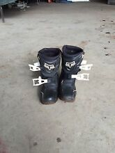 Childs motorbike boots Exeter West Tamar Preview