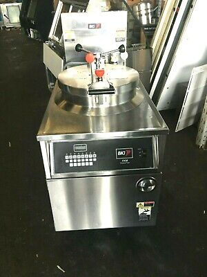 Bki - Fkm-fc Hd Digital 208v 3 Phase Electric Pressure Fryer Wfiltration