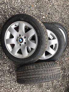Mags BMW avec pneus à neige