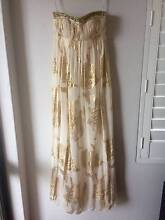 FOREVER NEW Cream and Gold Formal Maxi Dress Size 8 Mount Hutton Lake Macquarie Area Preview