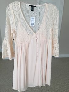 BNWT Forever 21 dress in light pink - size Small
