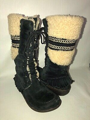UGG Australia Shoreline 5755 Women's 7 Black Suede Shearling Lined Lace Up Boots