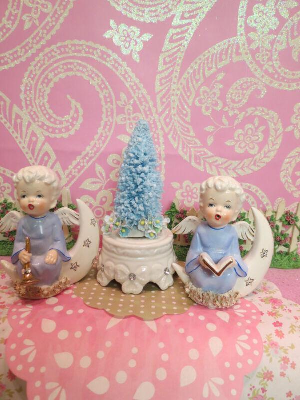 Vtg Blue Christmas Angel Babies On Gold Rhinestone Crescent Moons W Blue Tree