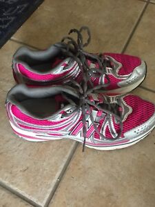 Woman's Saucony Running Shoes