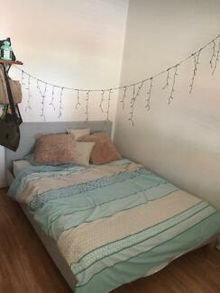 Room for rent in Redfern (short-term)