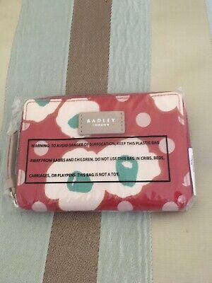 Lovely Radley Hollyhock mediuim  Purse. Rrp £39