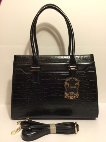 womans new handbag black