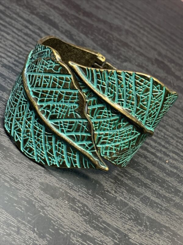 Vintage Folding Brass Tone Copper Leaf  Design Hinged Cuff Bracelet Chunky