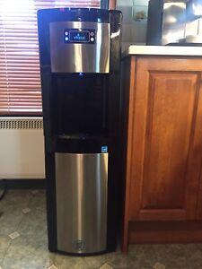 Refroidisseur d'eau Vitapur, chargement par le bas