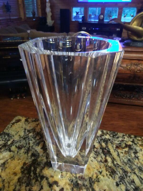"""Vintage Orrefors 9-1/4"""" Tall Clear Crystal Vase Signed L.H. 4700-23"""