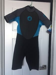 New with tags men's Body Glove wetsuit