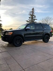 2007 Black Toyota Sequoia Limited Edition — DVD player