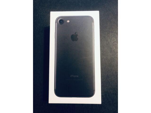 Apple iPHONE 7 32GB - Black - Excellent Condition!