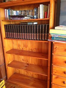 Large timber bookshelf Richmond Hawkesbury Area Preview
