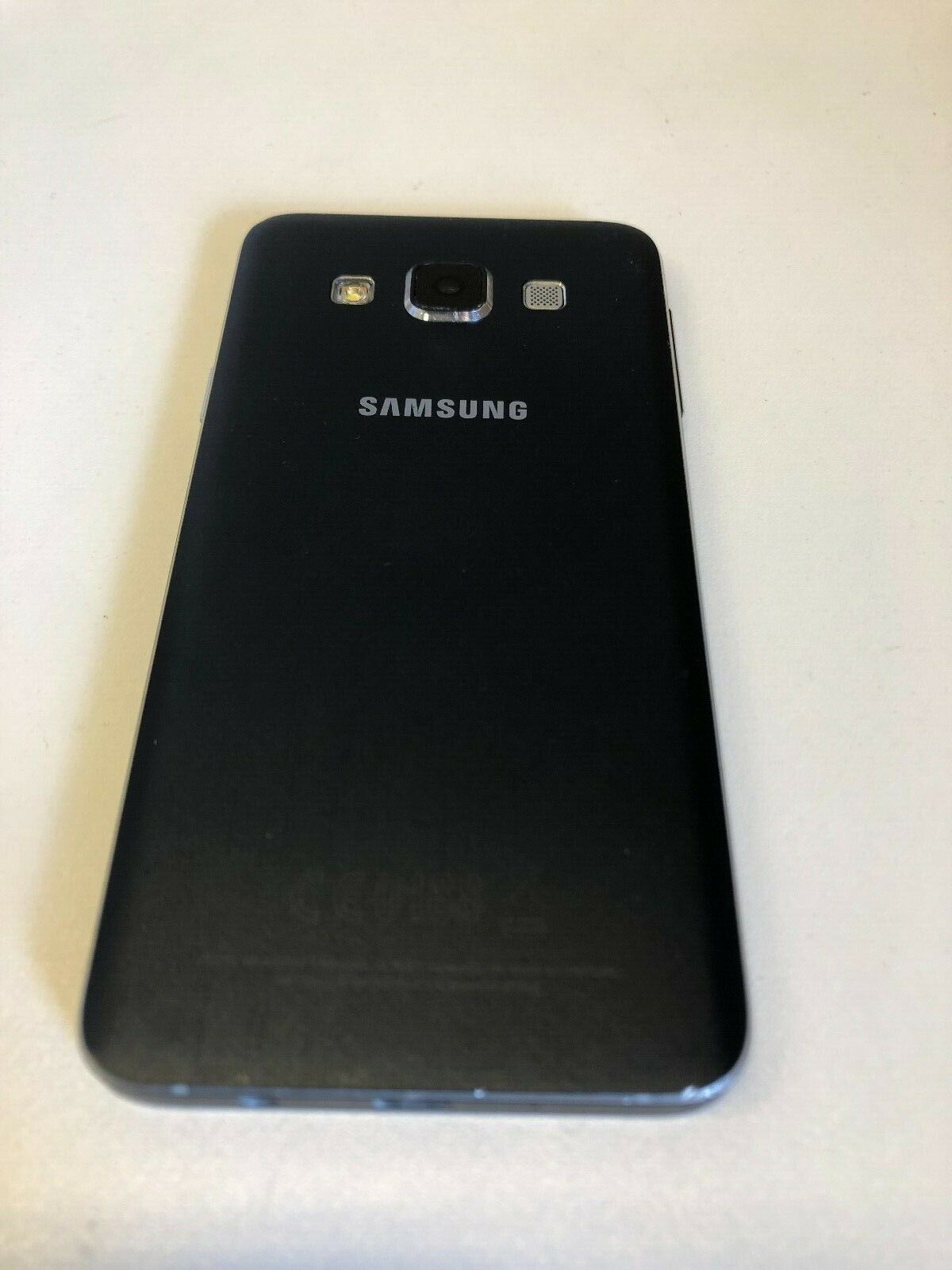 Android Phone - Samsung Galaxy A3 2015 16GB SM-A300FU Unlocked Android Phone Smart phone