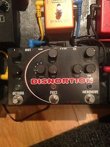 Pigtronix Disnortion (Overdrive/Fuzz/Octave)