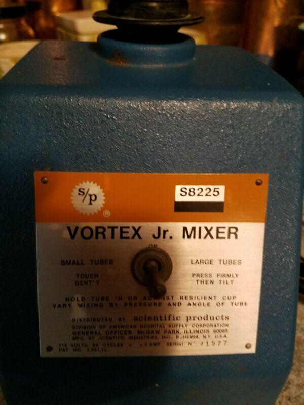 American Hospital Scientific Products Vortex Jr. Mixer S8225-1 Used