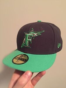 Brand New Florida Marlins Fitted Hat 7 1/8 GreyGreen