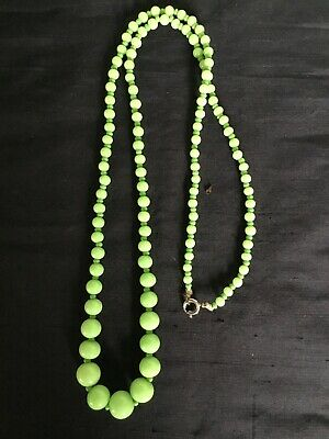 1930s Art Deco Style Jewelry Vintage Graduated Green Glass Beads Necklace-Jewellery #5302 $24.86 AT vintagedancer.com
