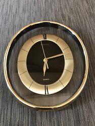 Vintage HEIRLOOM 661D Quartz see-thru mid century style oval wall clock. NICE!