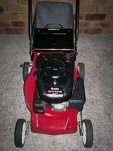 4 STROKE POPE LAWN MOWER,CATCHER! Runcorn Brisbane South West Preview