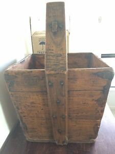 Wooden box Burdell Townsville Surrounds Preview