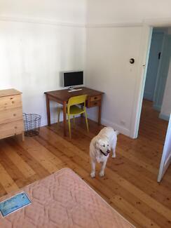 Room in Brunswick west