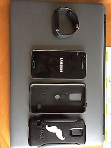 Galaxy 5S with Galaxy Gear 2Neo