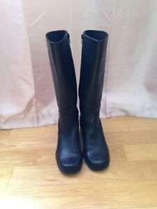 Women's all leather riding boot size 9