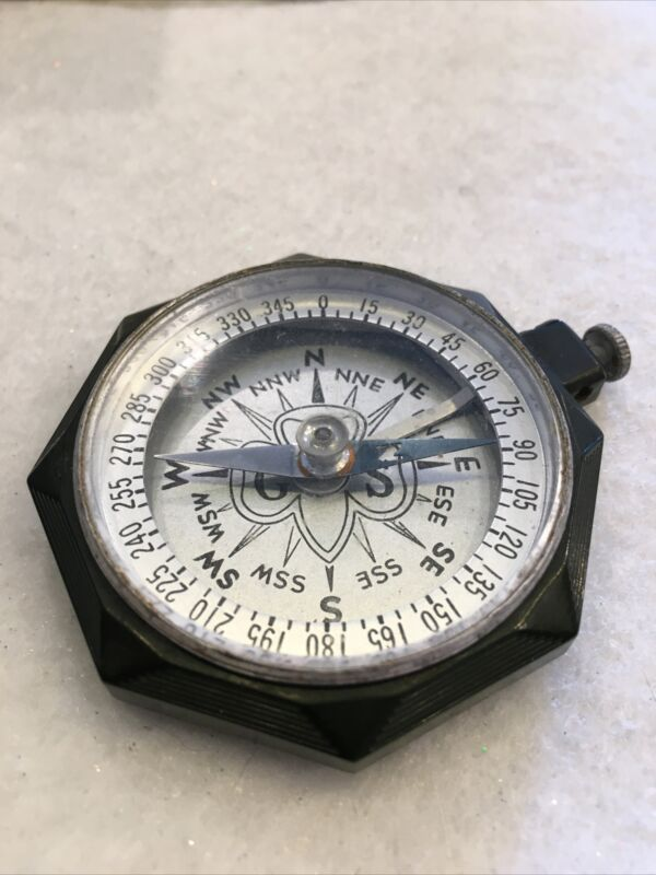 Vintage 1950's Bakelite Green Girl Scout Compass Working!