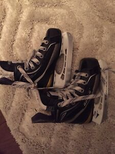 Size 9 Kids Hockey Skates