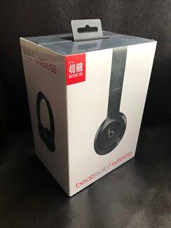 Beats Solo3 Wireless Black **Brand New Sealed Box**