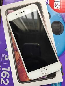 iPhone 7 10/10 condition