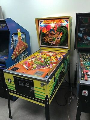 ATARI MIDDLE EARTH VINTAGE PINBALL MACHINE: FULLY WORKING CONDITION - CALIFORNIA