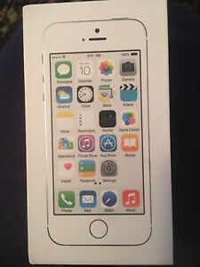iPhone 5s Box (box only - no phone)