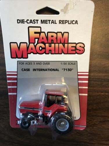 1/64 Ertl Case International 7130 Die-Cast Tractor